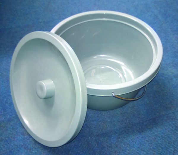 Grey potty with lid
