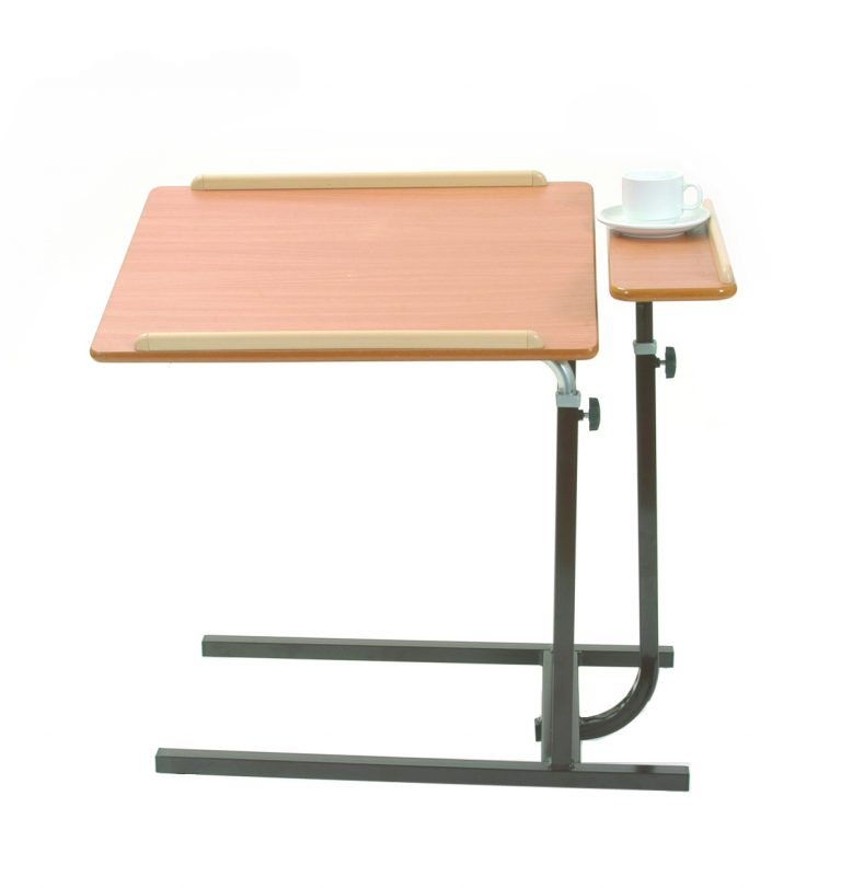 B44 – Split level top table static – brown