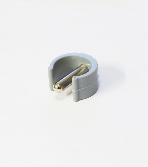grey pin clip